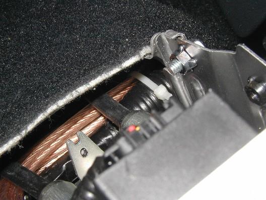 ein separates kabel verlegen die hauswand aufmei eln das kabel pictures to pin on pinterest. Black Bedroom Furniture Sets. Home Design Ideas